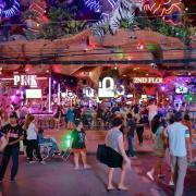 La vita notturna di Phuket